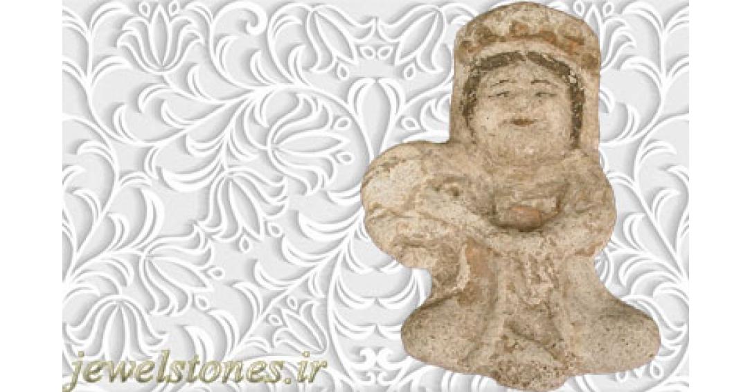 مجسمه گچی دف زن نشسته